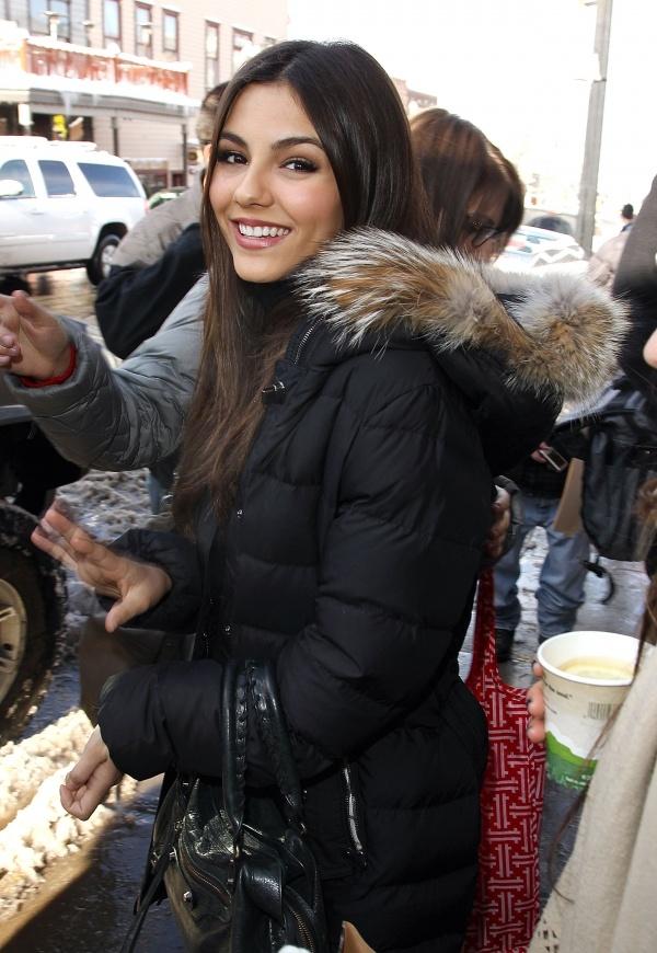Victoria Justice  Gotta love a good looking chica Cubana!!