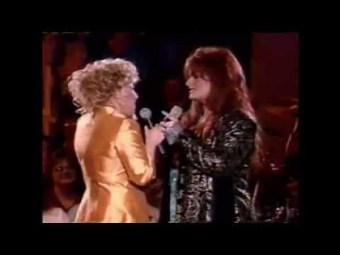 Bette Midler ~ The Rose ~ BEST DUET ~ With Ms. Judd!! Beautiful! ♥♥♥♥♥