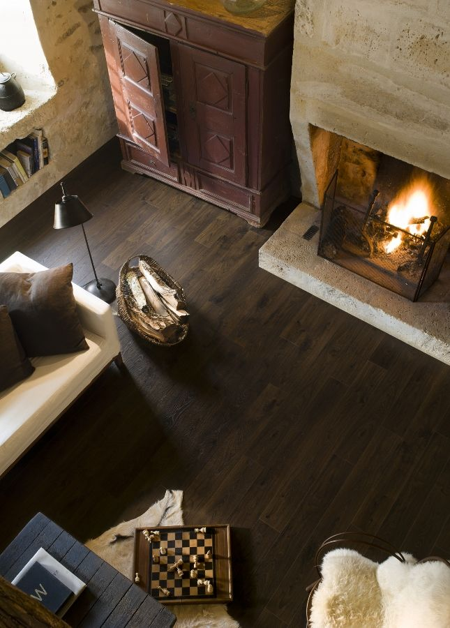 17 beste idee n over donkere laminaat vloeren op pinterest laminaatvloer kelder vloeren en - Vinyl imitatie tegel ...