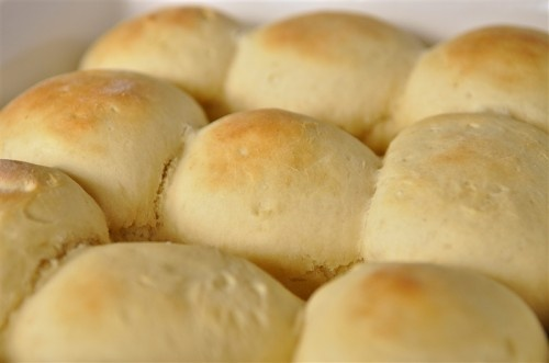 Easy and fast yeast rolls. Only takes 30 minutes.