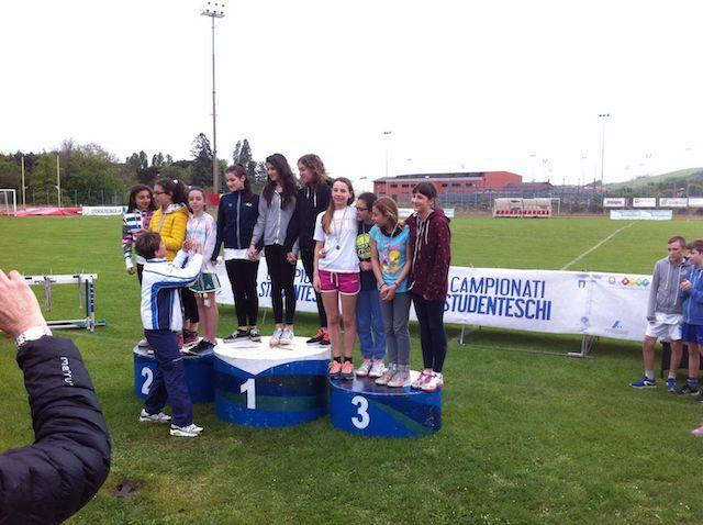 Campionati sportivi studenteschi di atletica leggera fase provinciale: 1 oro, 2 argenti, 6 bronzi. BRAVISSIMI !!!!