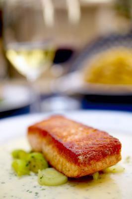 Salmon with truffle oil