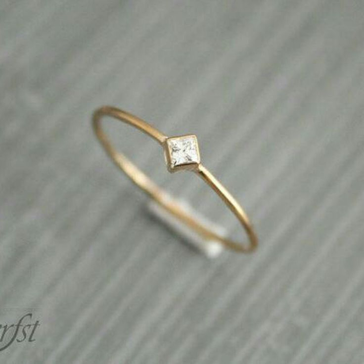 Lovely  ring with princess cut 2x2 mm Diamond or Moissanite. A perfect gift…