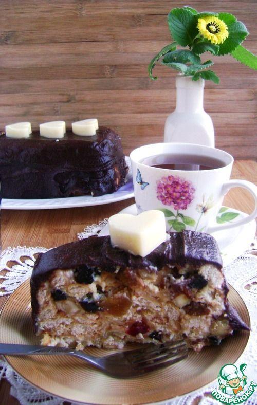 Торт без выпечки из печенья с сухофруктами и сгущенкой