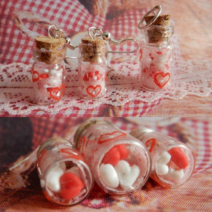 Комплект ажурный с сердечками. В бутылочках миниатюрные сердечки из полимерной глины. Высота бутылочек-сережек примерно 12 см. В наличии. Ждет своего хозяина.  # hendmade #москва #ручнаяработа #полимернаяглина #цветы #бижутерияназаказ #подарокдевушке #бижутерияручнойработы #подароклюбииой #идеяподарка #деньвсехвлюбленных #деньсвятоговалентина #valentineday #valentines #сердце #любовь #сердце #сердечкинаногтях #сердечки #маникюр #мастеркласс #azur #azure #ажур #бутылочки #колбочки…