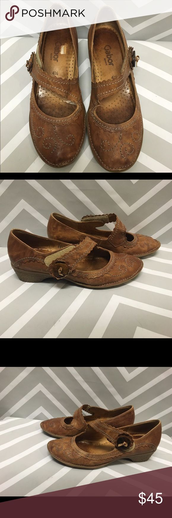 *flash sale* Like-new Gabor Leather Flats Adorable brown Gabor flats in like-new condition. Size 7 Gabor Shoes Flats & Loafers