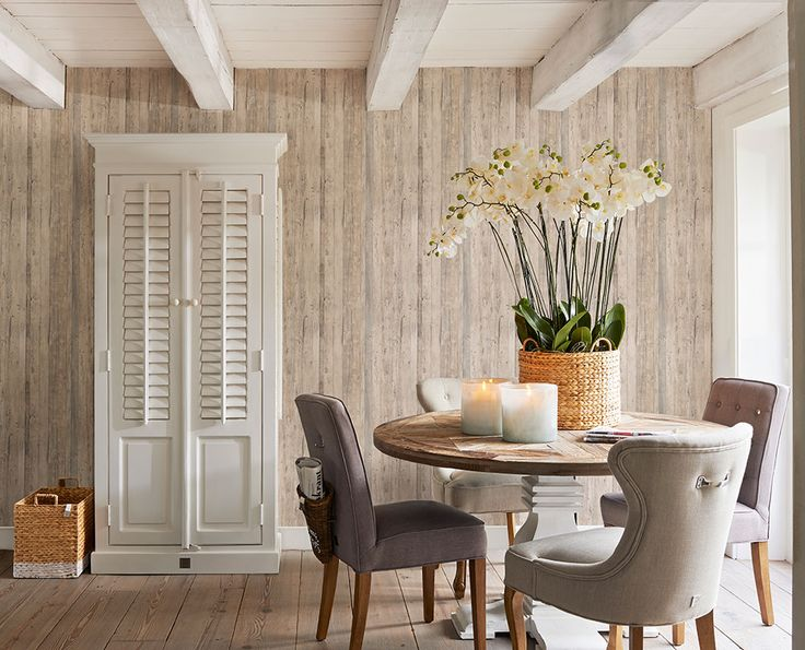 We just love the simplicity of this driftwood design wallpaper and how it creates such an interesting backdrop to a room. The warm tones, woods and neutral palette effortlessly capture the whimsical romance of the French Riviera and we love it! Pattern 18293.