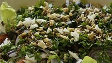 BBQ Salade: tomaten-komkommer salade met dressing