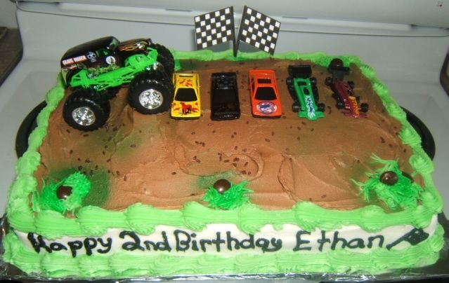 grave digger cake, looks rather simple, get my own hot wheels and monster truck