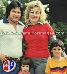 Chavo Guerrero Sr., his wife Nancy Vazquez, & their kids (including son Chavo Guerrero Jr.)