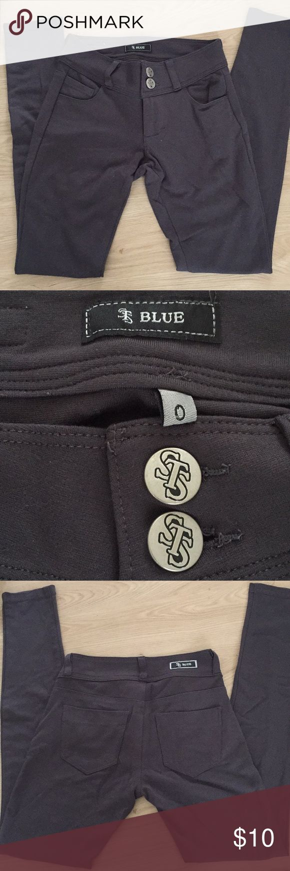 STS Blue Charcoal Leggings Super cute and look like actual pants because of the pockets and belt loops! Hardly worn, size 0. STS Blue Pants Skinny