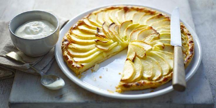 Denne oppskriften på eplekake er perfekt og enkel.