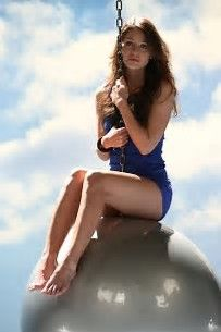 Bildergebnis für Melissa Benoist Hot
