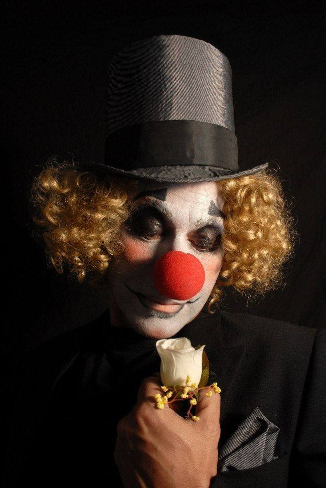 Emilio Aragón Foureaux is listed (or ranked) 100 on the list List of Famous Clowns