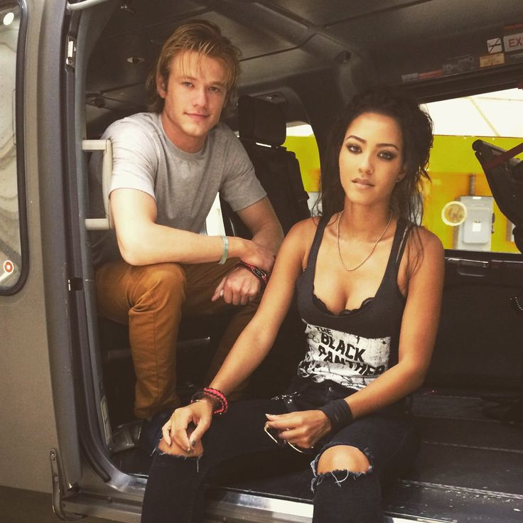 Macgyver & Riley, my geek and my life goals damn she's perfect