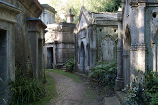100 Great Things About London: 21. The Magnificent Seven: London's Beautiful Crypts