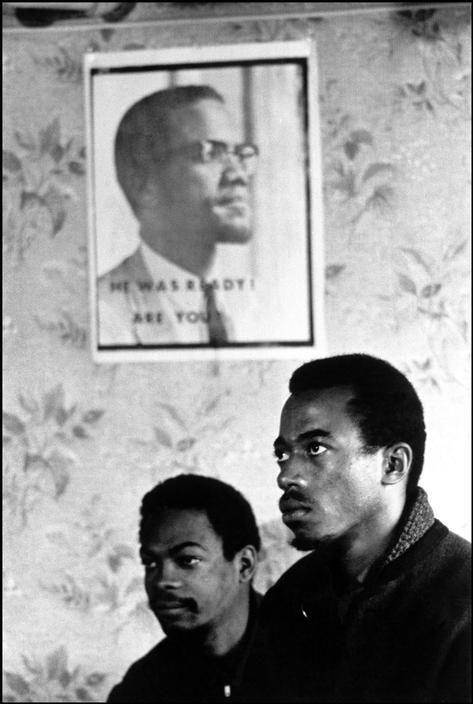 Black Panthers. Chicago, 1969.  Photo credit: Hiroji Kubota