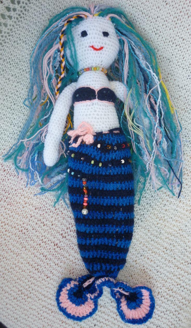 Kék hableány, horgolt