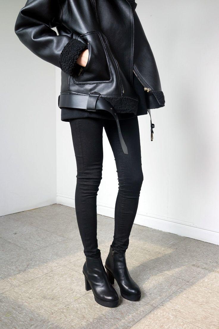 all black.                                                       …