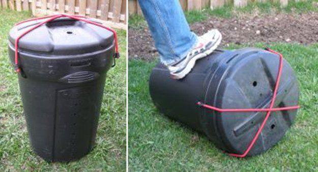 Fun and Simple DIY Compost Tumbler Designs | http://diyready.com/9-diy-compost-tumbler-ideas/