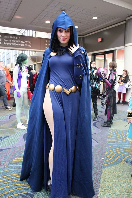 Gillykins as Raven @ MegaCon 2013 (by insidethemagic)