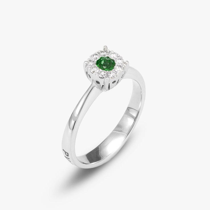 engagement ring #diamonds #Emeraldring #pontevecchiogioielli