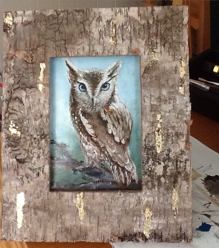 Found some amazing frames in real wood, added som leaf gold to bling them up, and this is the first of three owls Im going to paint in them .  Frames inspire me!