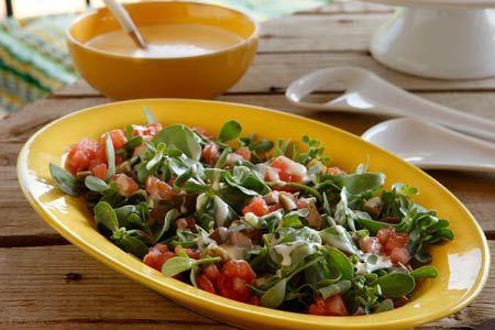Σαλάτα γλιστρίδα με ντρέσινγκ γιαουρτιού - Συνταγές   γαστρονόμος