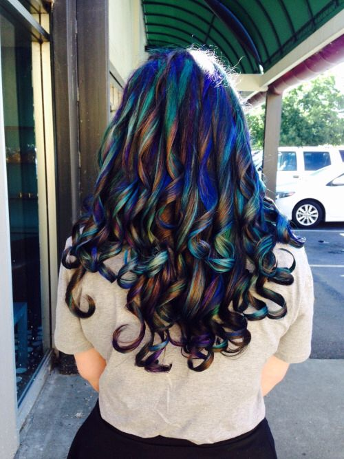 Oil slick hair color~ I couldn't pull it off, but I think it looks good..especially on darker hair!