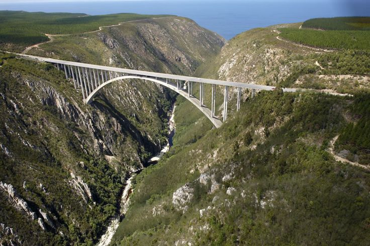 Bloukrans River Bridge the world's highest commercially operated bungee jump 216 metres (710 ft) #SouthAfrica