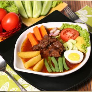 Selat Solo, Beefsteak and Salad, Central Java, Indonesian Food