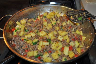 Tip:  Read directions carefully before preparing.     Ingredients:   1lb lean ground beef   2medium russet potatoes, peeled and dice...