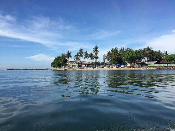 Pulau Lae-lae Pemandangan Indah di Sisi Barat Kota Makassar - Sulawesi Selatan