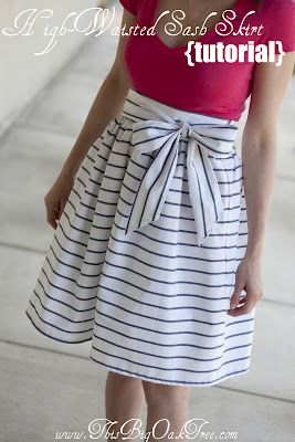 DIY. Cute!Skirts Tutorials, Sewing Skirts, High Waist Sash, Summer Skirts, Diy Skirts, Oak Trees, Sewing Machine, Sash Skirts, High Waist Skirt