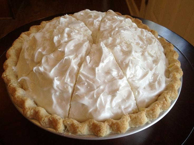 <3 Lemon Meringue Pie <3 Imagine Vegan Cafe <3 Memphis, Tennessee <3 WHOA!