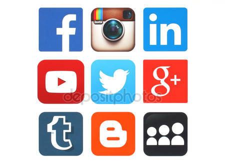 Descargar - Colección de logos de redes sociales populares impresas en papel — Imagen de stock #75454875
