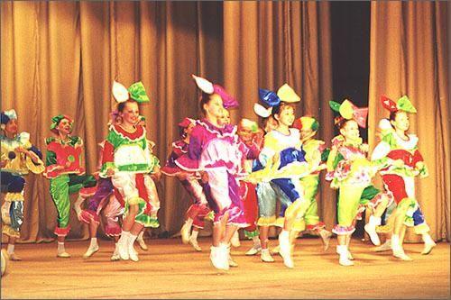 Фотографии детских костюмов для эстрадных танцев