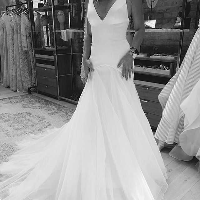 DELANCY | Feminine gown for a modern bride | Empire Collection | Available to purchase at @lovelybride New York and online via our website | Link in bio | image via @lovelybride | #wedding #weddingdress #bride #fashion #white #gown #lovelybride #chosen #empire  #Regram via @chosenbyoneday