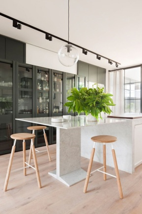 Carlton Residence by Hecker Guthrie (selected architectural details and project management by Ridolfi Architects). Photo by Shannon McGrath | Yellowtrace.