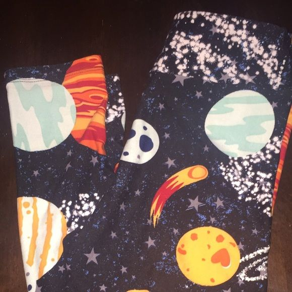 Tween size Lularoe space leggings New without tags HTF space leggings LuLaRoe Pants Leggings