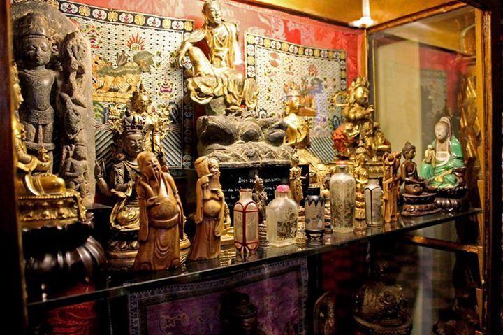 Os mostramos parte de nuestra impresionante Colección de arte asiático. Ahora puedes verla en la visita completa a la #Fundación (pases de 10:00 y 10:30, 18:00 y 18:30 h.).  Compra tu tickets aquí: http://www.fundacionrodriguezacosta.com/visita-y-servicios/reserva-tu-visita/  #arteasiatico #coleccion #granada #fundacionrodriguezacosta