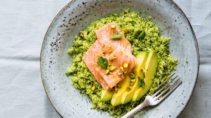Recept uit All-day Bowls: broccolicouscous met ceviche van zalm - Holistik