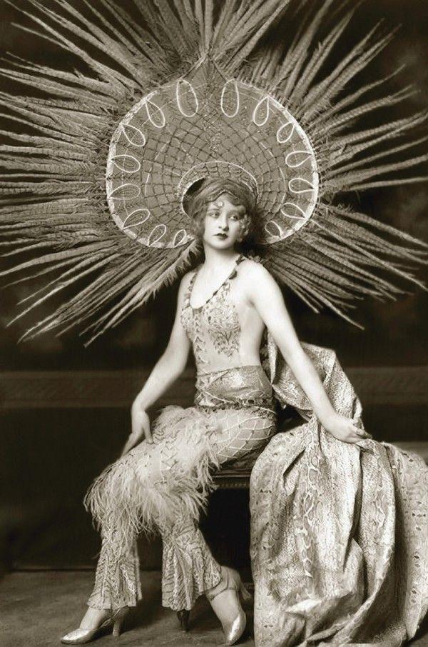 Ziegfeld Girl Myrna Darby  Alfred Cheney Johnston 1920s