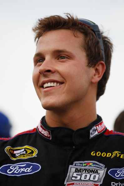 Well Hello Trevor Bayne <3 did anyone ever tell you are sexy? no... well hey trevor your sexy;)