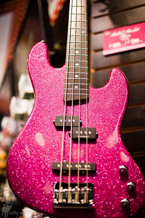 If this wasn't pink, I'd play it. Probably one of the smarter basses today. Has both a jazz pick up and a punk styled pick up for a great adjustable sound.