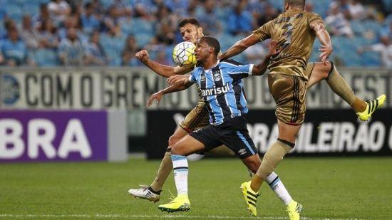 Grêmio perde para o Sport e fica fora do grupo de classificação para a Libertadores