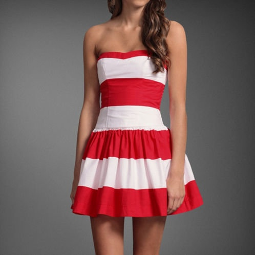 Cant wait to wear cute little summer dresses. I need this dress ❤