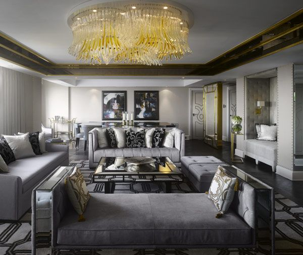 Royal Suite in London Inspired by The Style of Queen Elizabeth II