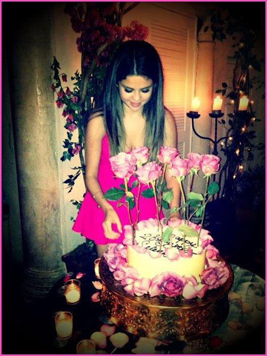 Selena Gomez's 20th Birthday Cake