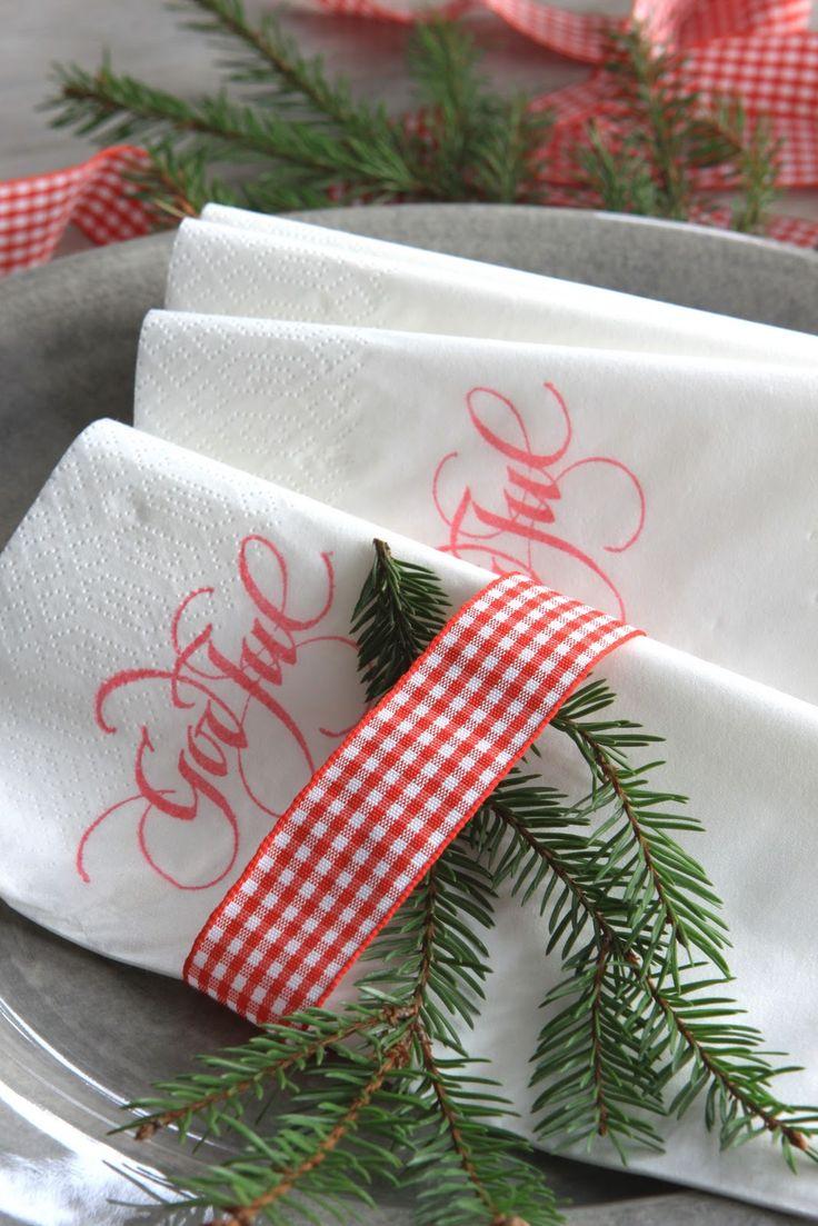 Sjarmerende jul--stamped napkins